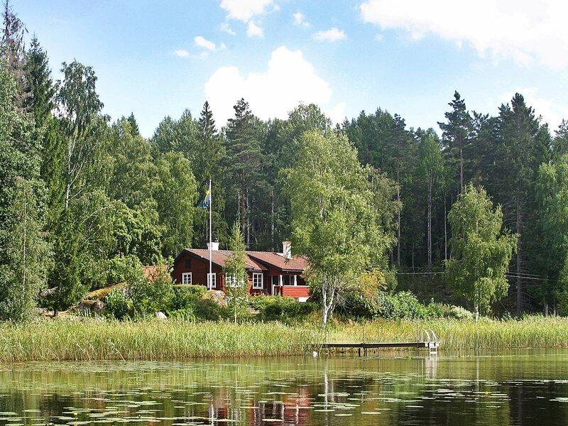9 person holiday home in KOLSVA – semesterbostad i Köping