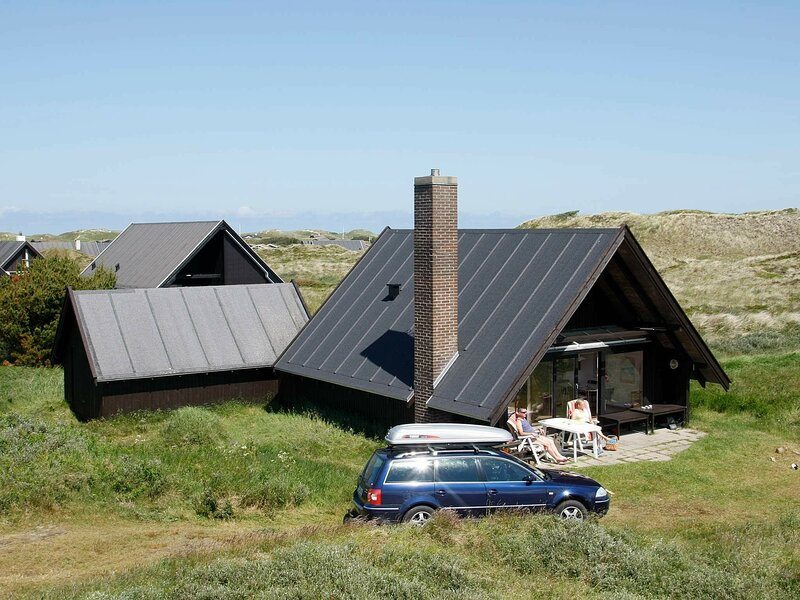Serene Holiday Home in Pandrup Near Sea, holiday rental in Jammerbugt Municipality