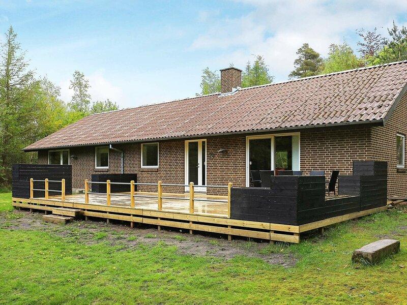 Serene Holiday Home in Skals Jutland Near the Ocean, holiday rental in Viborg