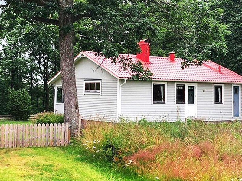 4 person holiday home in BOLMSÖ, holiday rental in Lidhult