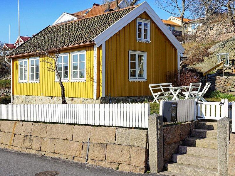 5 person holiday home in GREBBESTAD – semesterbostad i Fjällbacka