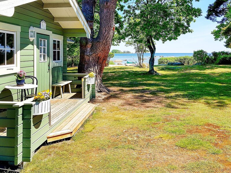 4 person holiday home in SÖLVESBORG, location de vacances à Kyrkhult