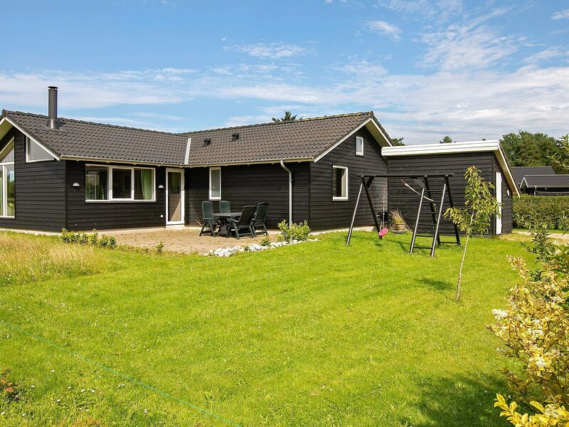 5 star holiday home in Ansager, location de vacances à Hovborg