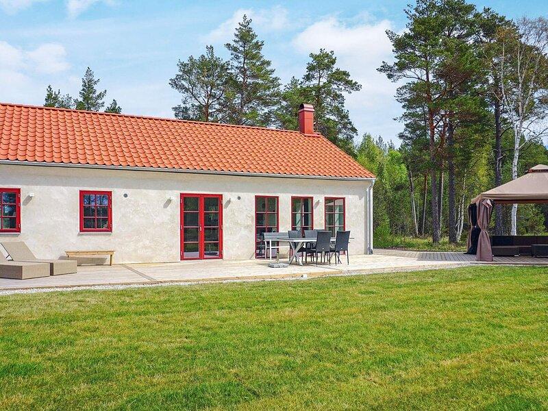 4 star holiday home in KATTHAMMARSVIK, holiday rental in Gotland