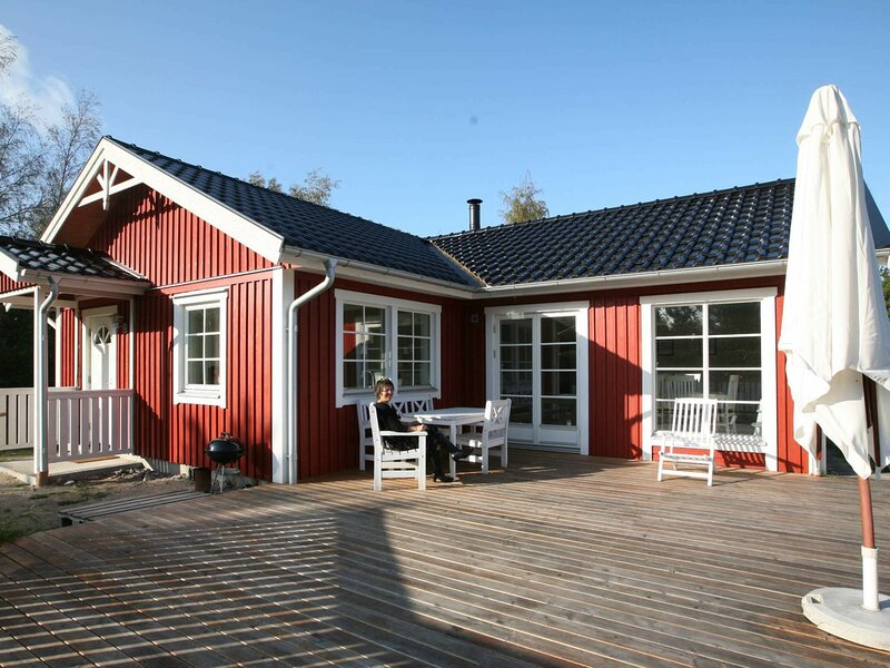 Modern Holiday Home in Maribo Denmark with Garden, holiday rental in Maribo