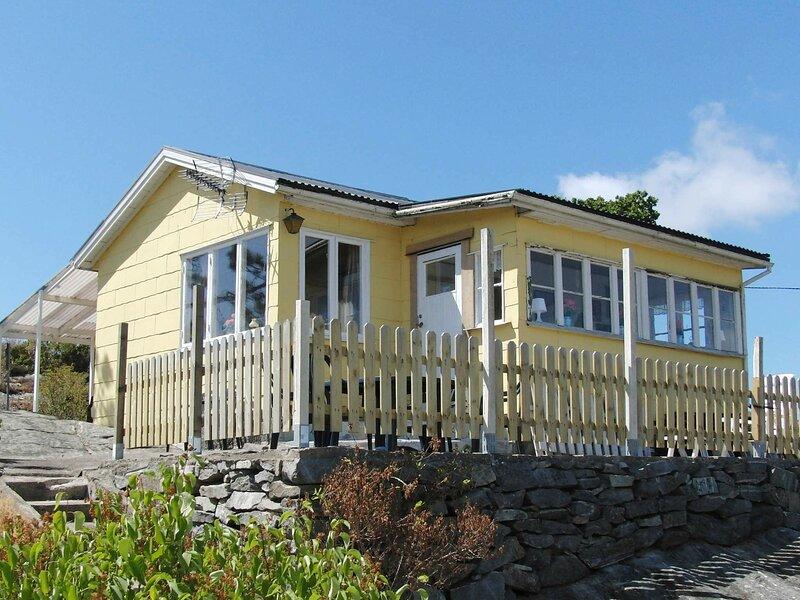 5 person holiday home in KÄRNA, alquiler vacacional en Stora Dyron