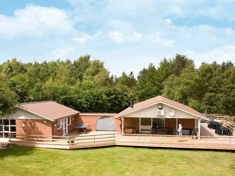 Elite Holiday Home in Roslev Denmark with Sauna, holiday rental in Viborg