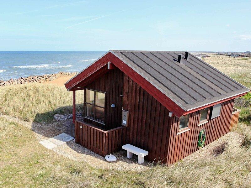 Cozy Holiday Home in Lonstrup near Sea, casa vacanza a Lonstrup