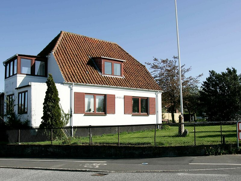 Spacious Apartment in Allinge Denmark near Sea, holiday rental in Hasle