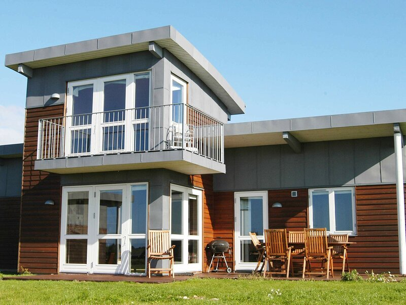 Spacious Holiday Home in Faaborg with Sauna, holiday rental in Millinge