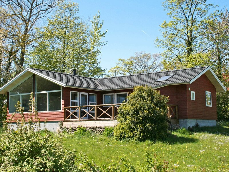 Magnificent Holiday Home in Allinge Denmark with Terrace, holiday rental in Hasle