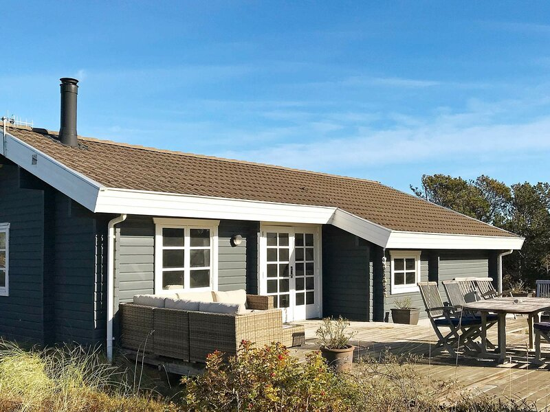 Pretty Holiday Home in Skagen with Terrace, holiday rental in Skagen