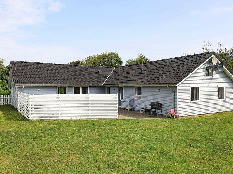 Elite Holiday Home in Vinderup with Private Pool, holiday rental in Vinderup