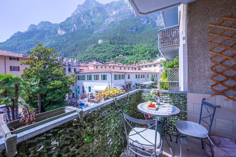Riva Dante Apartment, alquiler vacacional en Riva Del Garda