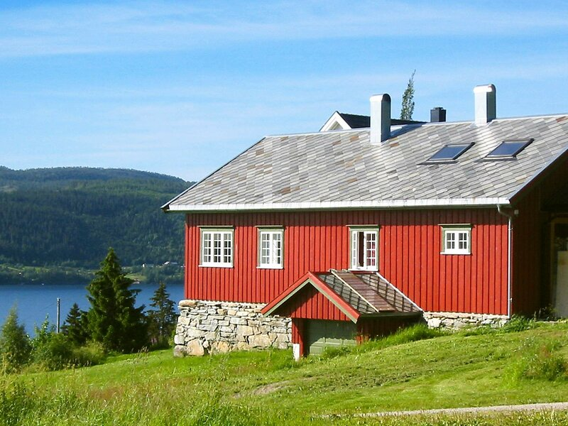 10 person holiday home in Follafoss, location de vacances à Inderoy Municipality