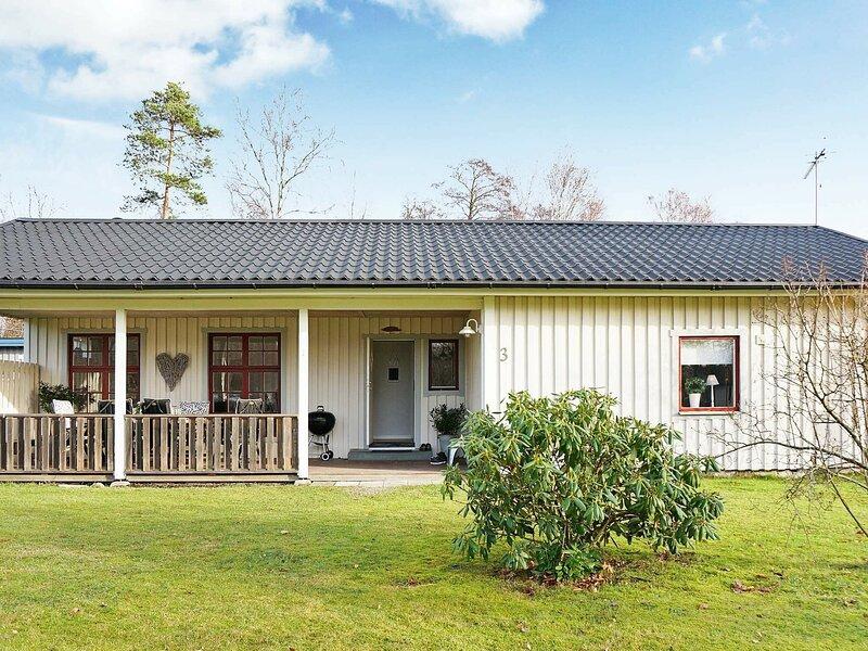 4 star holiday home in Haverdal – semesterbostad i Eldsberga