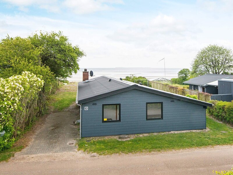 Beautiful Holiday Home in Bjert with Sauna, holiday rental in Vejen