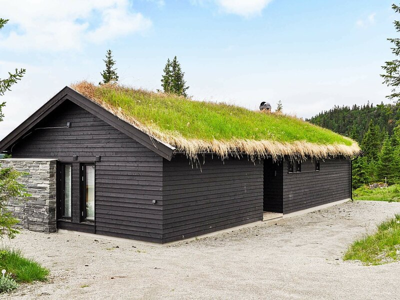 4 star holiday home in Fåvang, holiday rental in Hundorp