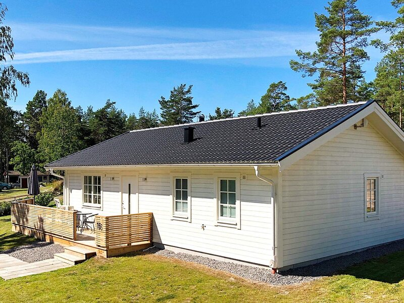 6 person holiday home in FIGEHOLM, holiday rental in Vastervik