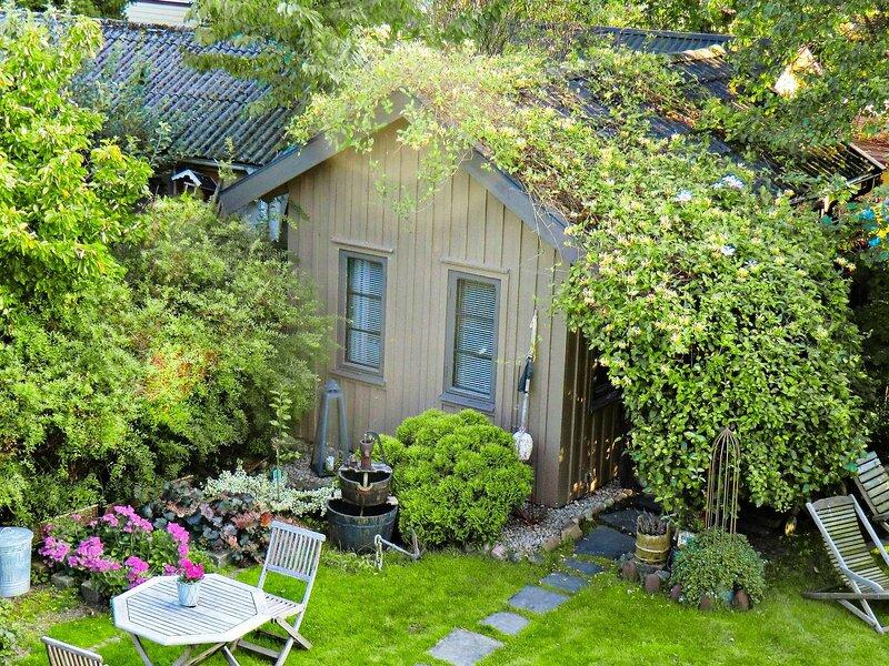 2 person holiday home in FALKENBERG – semesterbostad i Varberg