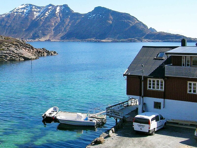 6 person holiday home in Ballstad, location de vacances à Ballstad