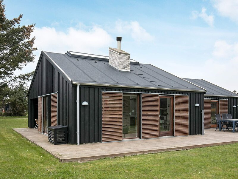 Delightful Holiday Home in Lonstrup Denmark with Sauna, casa vacanza a Lonstrup