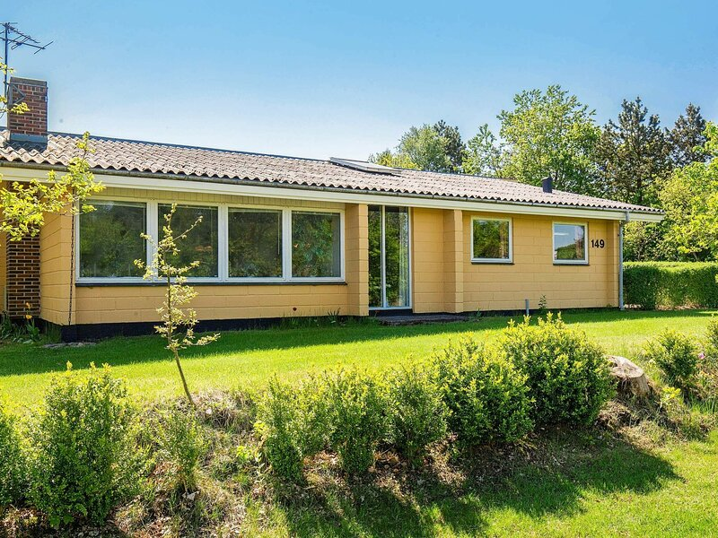 Serene Holiday Home in Jutland with Sauna, holiday rental in Vesthimmerland Municipality