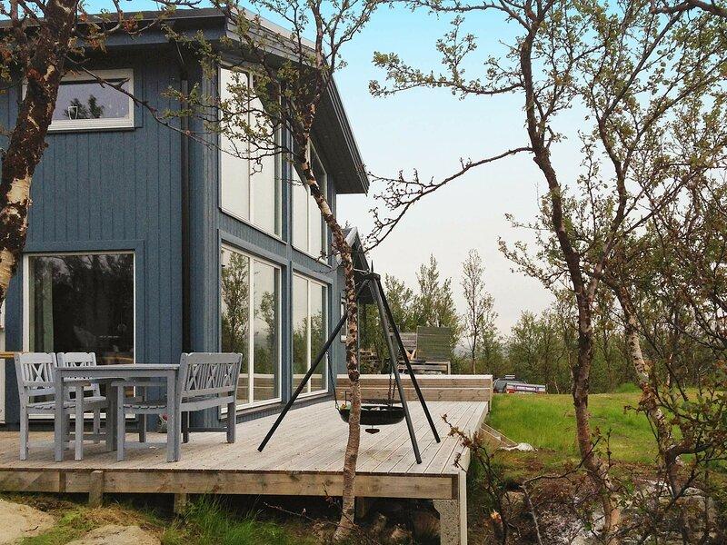 4 star holiday home in Kvalsund, holiday rental in Finnmark