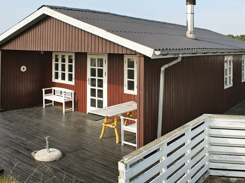 Quaint Holiday Home in Fanø With Roofed Terrace, location de vacances à Gredstedbro