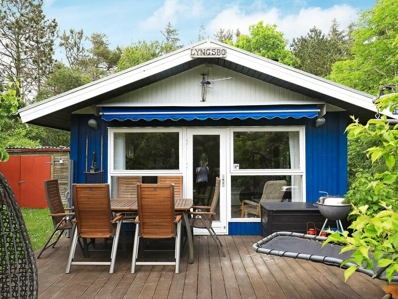 Comfy cottage in Jutland with Whirlpool, holiday rental in Hurup