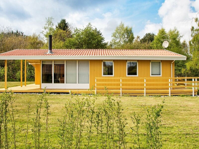 Heritage Holiday Home in Ørsted with Terrace, holiday rental in Randers