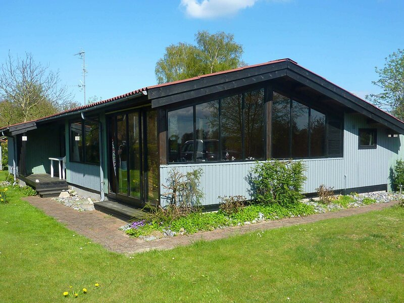 Elegant Holiday Home in Zealand with Terrace, holiday rental in Koege Municipality