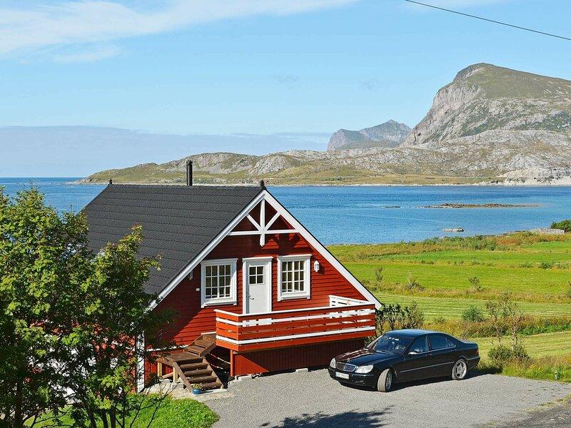 4 star holiday home in Gravdal, vacation rental in Vestvagoy