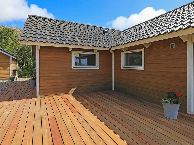 Peaceful Holiday Home in Vestervig for 6 People, holiday rental in Hurup
