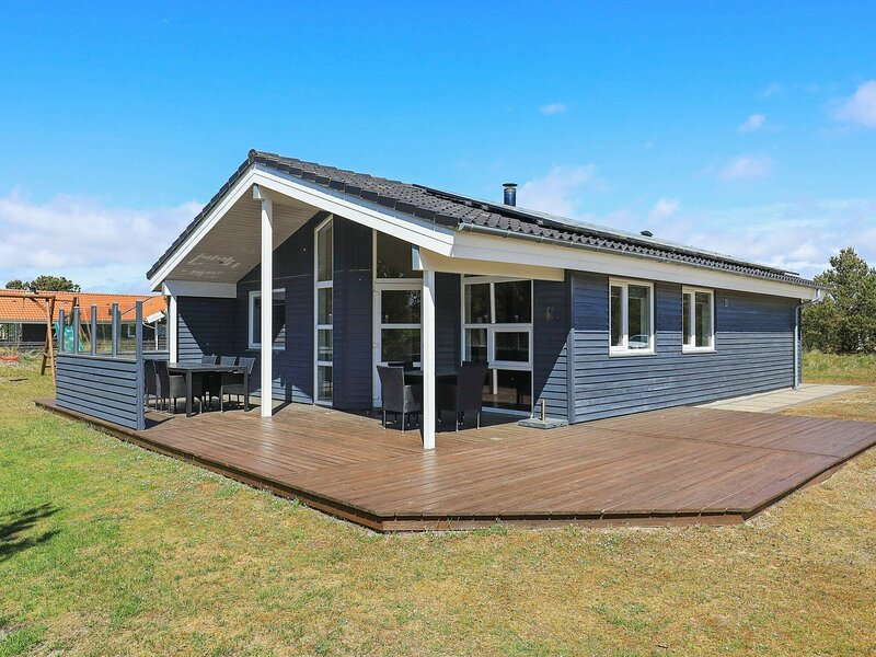 Holiday Home in Fanø Located on a Natural Plot, location de vacances à Gredstedbro