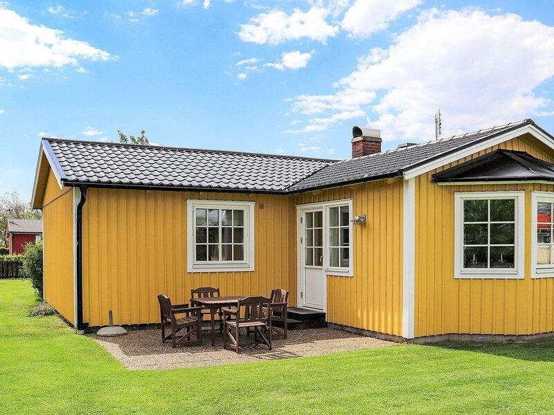 4 person holiday home in Tvååker – semesterbostad i Varberg