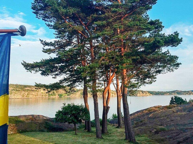 4 star holiday home in LYSEKIL – semesterbostad i Fiskebäckskil