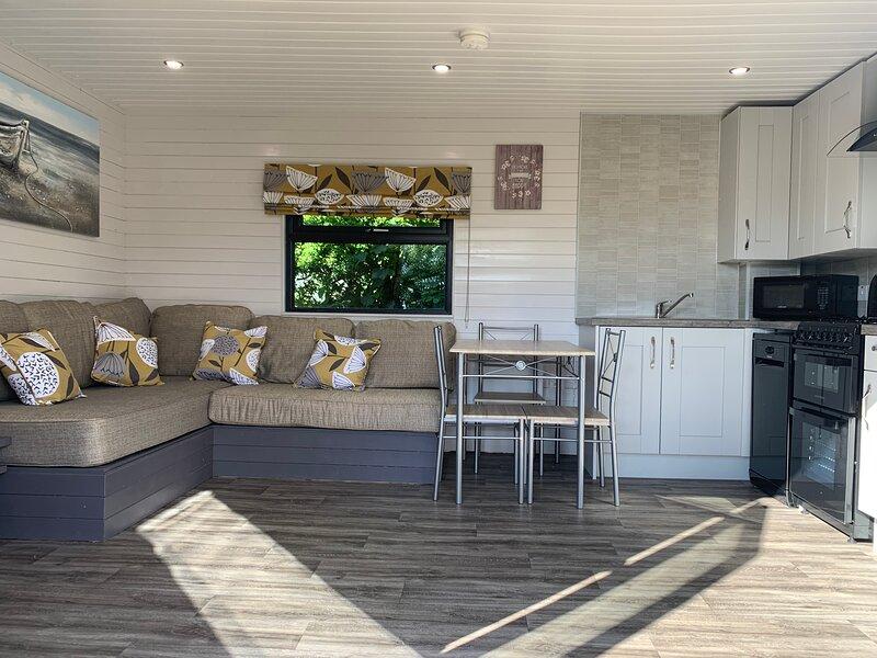 Dunaff View Luxury Log Cabin, location de vacances à Clonmany