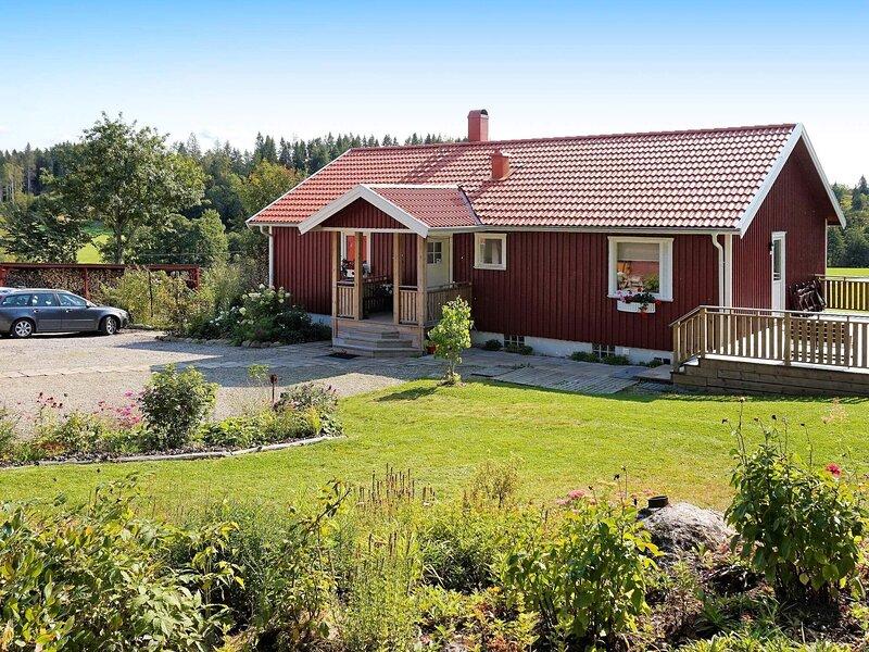 7 person holiday home in HENÅN – semesterbostad i Tjörn
