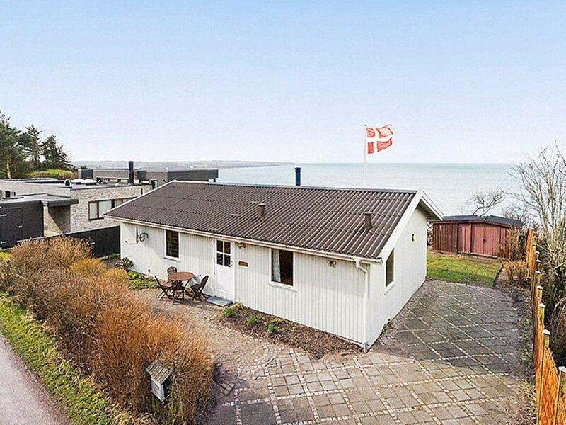 Lively Holiday Home in Jutland near Sea, casa vacanza a Struer