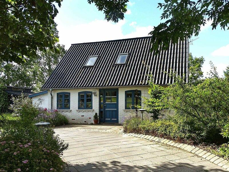 Modern Holiday Home in Syddanmark near Sea, holiday rental in Rudkobing