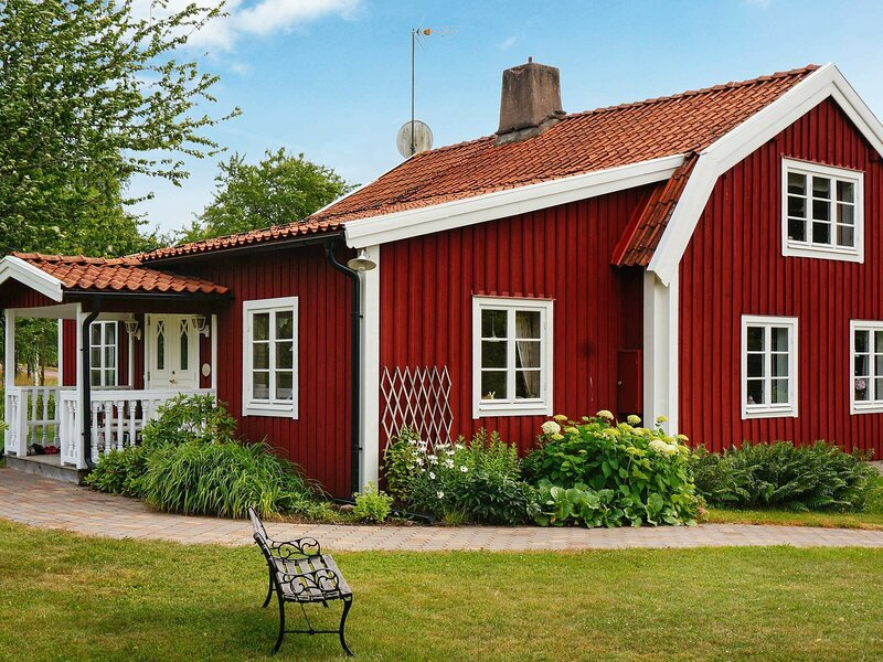 6 person holiday home in BLOMSTERMÅLA, alquiler vacacional en Borgholm