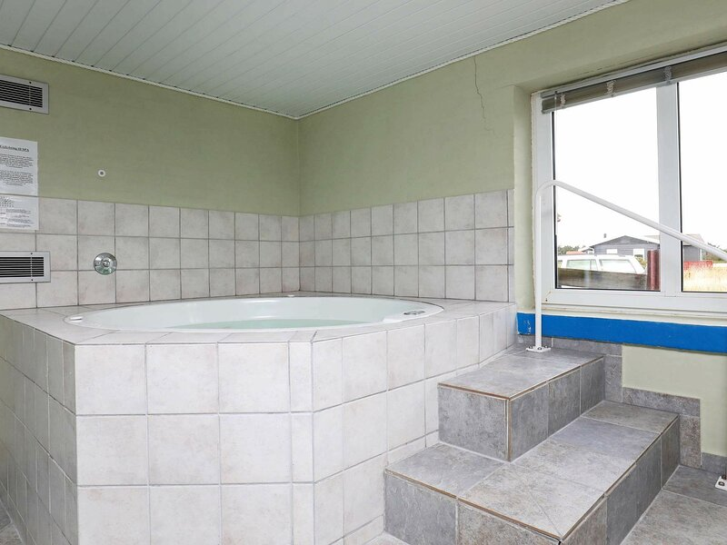 Tasteful Holiday Home in Harboore with Whirlpool, holiday rental in Ferring