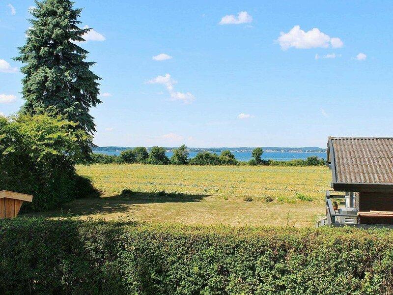 Alluring Holiday Home in Syddanmark near Sea, location de vacances à Tranekaer