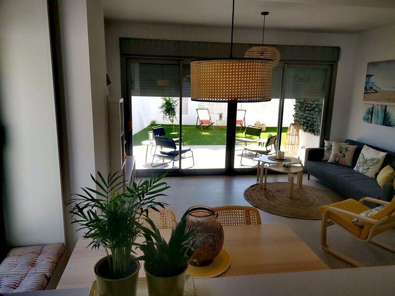 A&N Baviera Hills, vacation rental in Algarrobo
