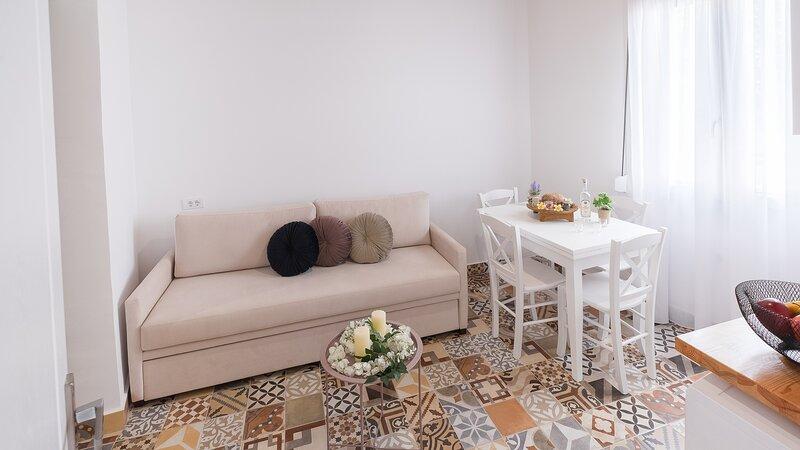 Sergio's Plumeria Studios Complex For 3p - Apt1, location de vacances à Koskinou