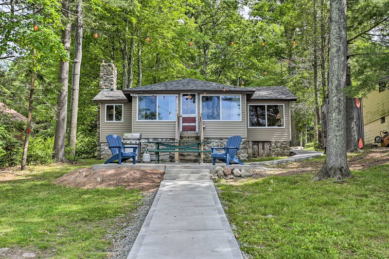 Lakefront Property in the Heart Of The Catskills!, casa vacanza a Walker Valley