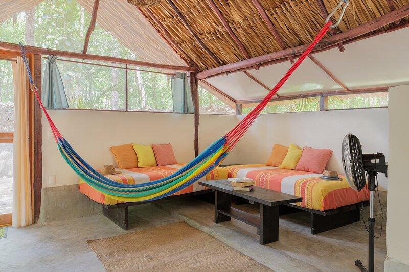 MELI-MELO JUNGLE HOUSE WITH KITCHEN, TULUM, alquiler de vacaciones en Macario Gómez