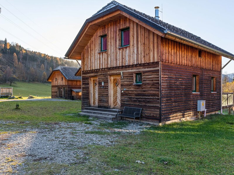 Cosy Holiday Home in Sankt Georgen ob Murau with Terrace, holiday rental in St. Lambrecht