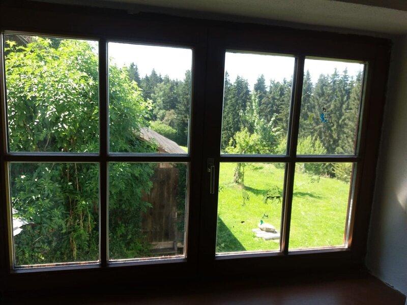 Simplistic Apartment in Waxenberg near Burgruine Castle, casa vacanza a Leonding